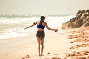 Strandlauf obu Sports Frau