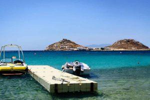 Mykonos-Meer-und-Boot-1